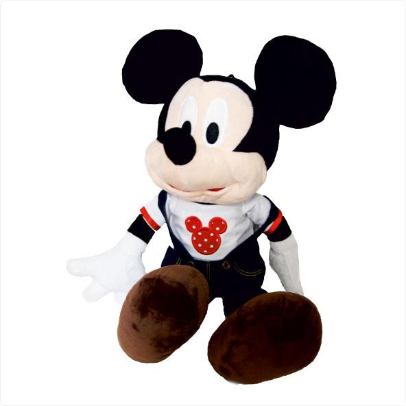 عروسک شخصیت کارتونی چیست ؟