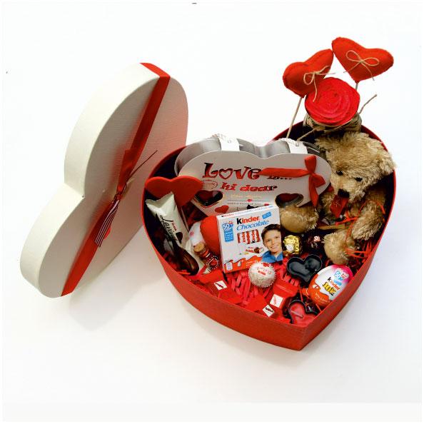 پک هدیه ولنتاین جعبه قلبی سایز یک