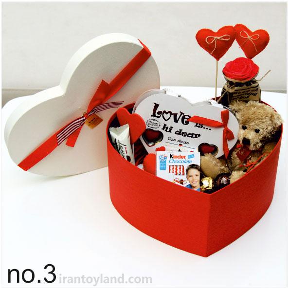 پک هدیه ولنتاین جعبه قلبی سایز سه