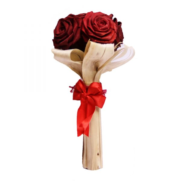 دسته گل رز چوبی